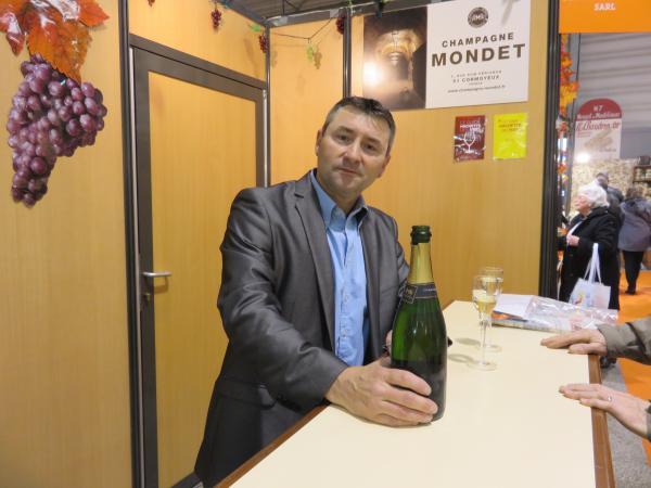 Champagne Mondet à la FOIRE DU VIN à GENT